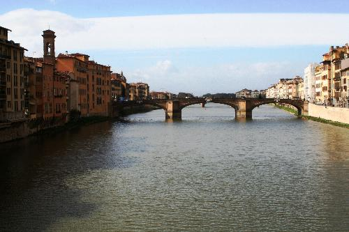 view of the bridge over the Arno, Florence.