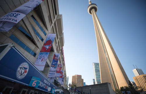 The needlelike CN Tower, the Western Hemisphere's tallest freestanding structure