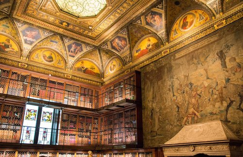 Incredible libraries around the world