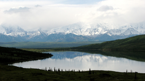 Alaska is a work of nature in itself with its majestic landscapes and scenery, but it is also a romantic location for a getaway.