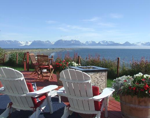 Kenai is a city on the Kenai Peninsula along the west coast. It's the heart of the peninsula and draws thousands of tourists to its massive salmon fisheries. Stay at the Homer Ocean House Inn for a majestic scenery.