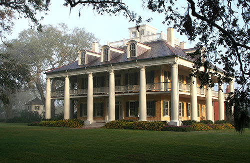 Louisiana 39 s most glorious antebellum mansions for Antebellum homes