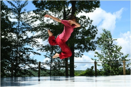 Man dancing at Jacob's Pillow Dance Festival
