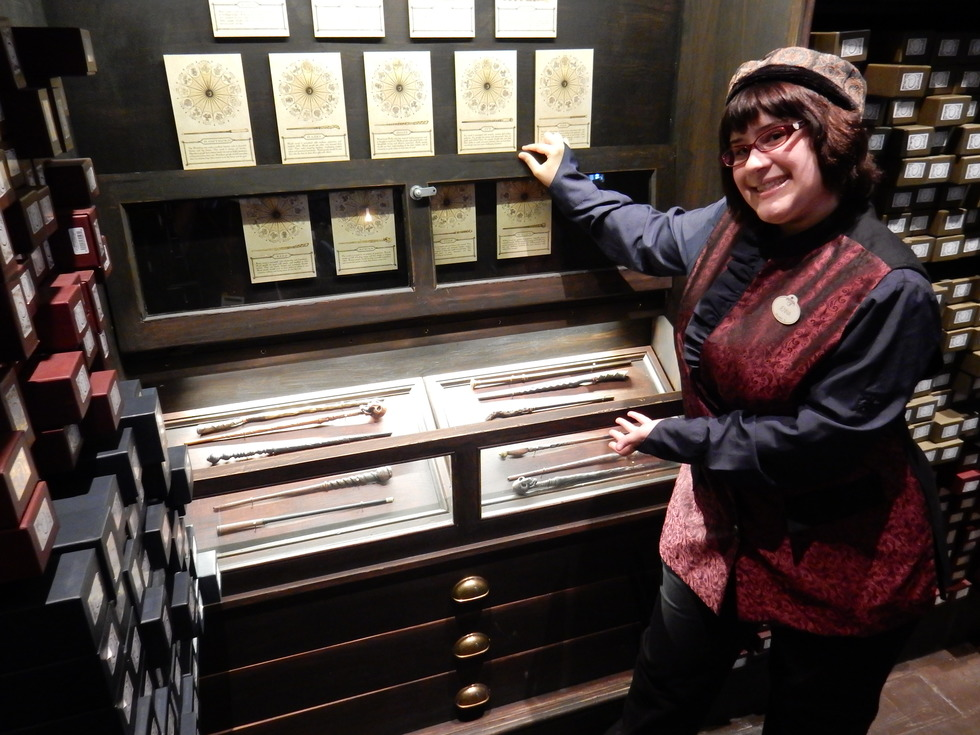 Wizarding World of Harry Potter, Diagon Alley, Ollivanders wand shop's interactive wands
