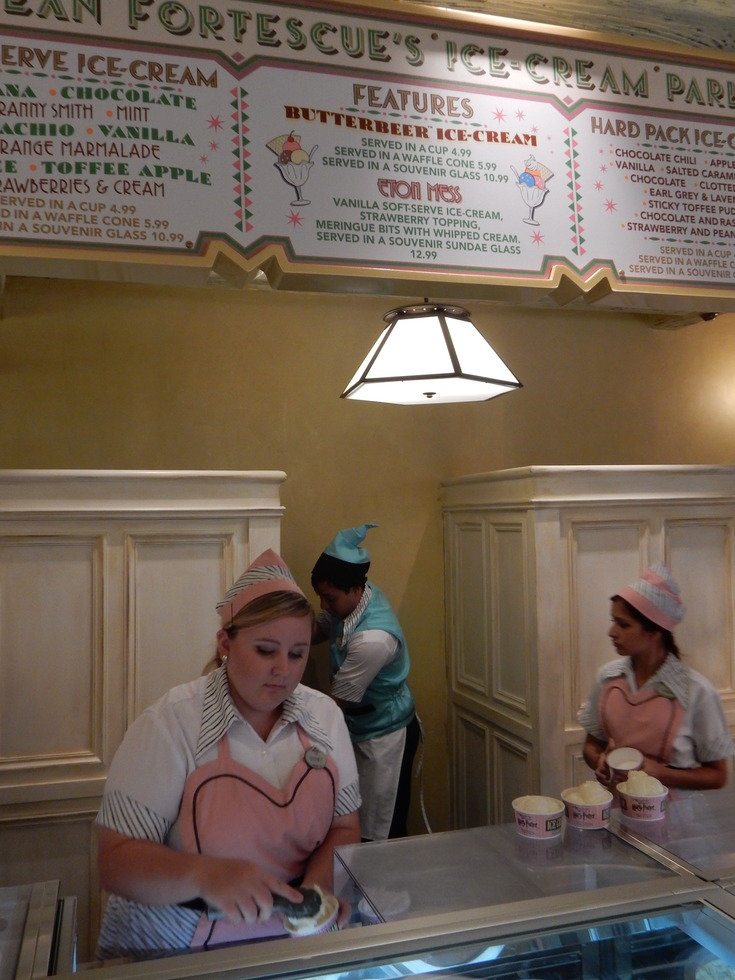 Wizarding World of Harry Potter, Diagon Alley, Florean Fortescue's Ice Cream Parlour