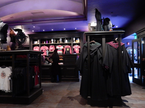 Wizarding World of Harry Potter, Diagon Alley, Madam Malkin's Robes for All Occasions