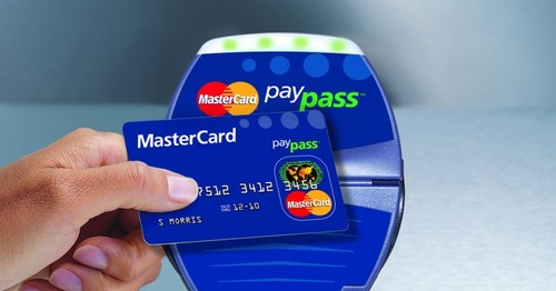 using contactless credit cards when you travel