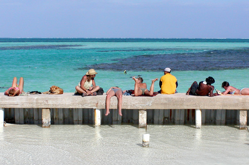 Looking for a Classic Caribbean Vacation? Arthur Frommer Suggests Belize | Frommer's