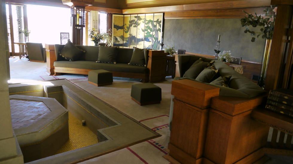 Living room, Hollyhock House