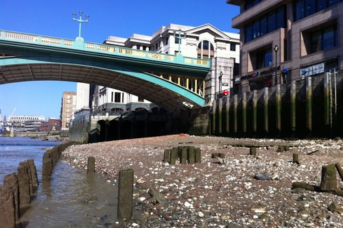 Mudlarking In The Thames Might Be The Best Thing I Ve Done