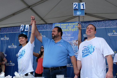 Matthew Stonie triumphs over Joey Chestnut in the final minutes of the 2014 Niko Niko's World Gyro Eating Championship.