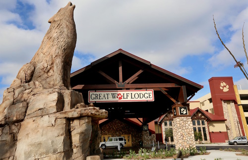 Great Wolf S Huge New Indoor Water Park Opens Near Disneyland In California Frommer S