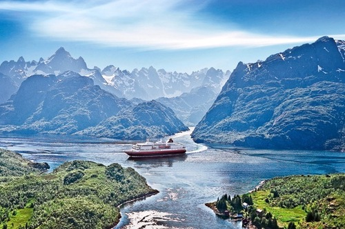 Exploring Norway S Fjords And Northern Lights With Hurtigruten