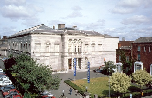 Facade of the National Gallery of Ireland in Dublin
