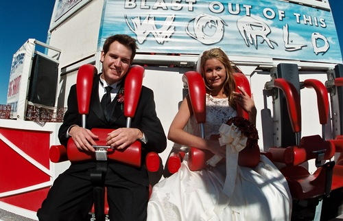 A couple gets married on the Stratosphere's Big Shot ride.