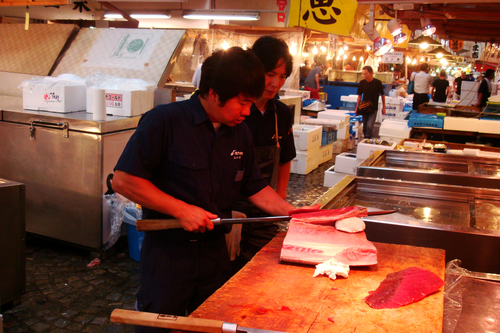 5 am Tsukiji Fish Market