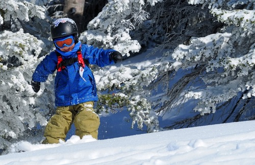 Most Ikon Pass Skiers Won't Need Advance Reservations This Winter | Frommer's