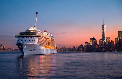 The Oasis of the Seas in New York Harbor