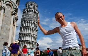 Leaning Tower of Pisa Shot