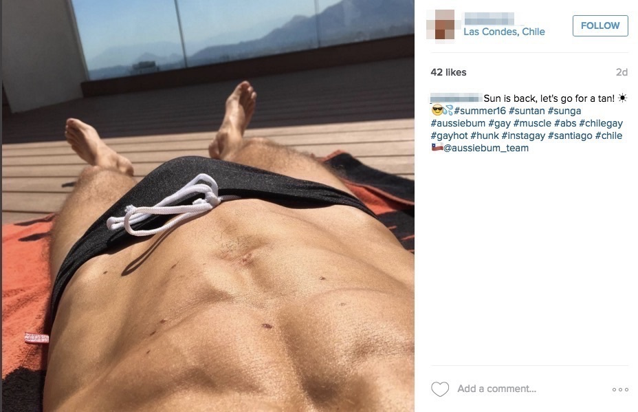 Instagram fail: Sneaky abs