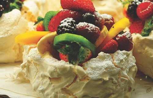 Passion fruit pavlova at Extraordinary Desserts in San Diego