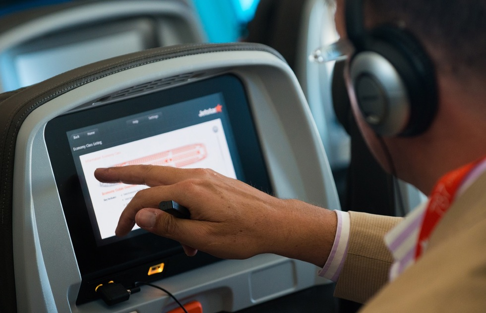 Seat-Back Entertainment on Planes on the Way Out: The Latest Travel News | Frommer's