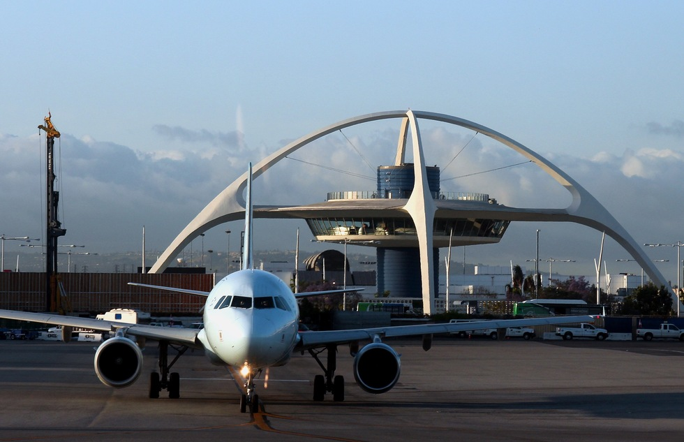 Private Luxury Terminal Opens at LAX | Frommer's
