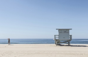 A lifeguard stand on a beach in California