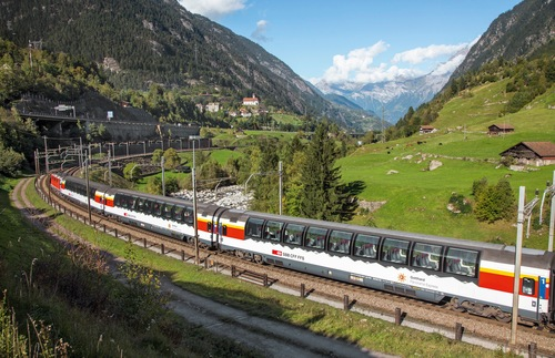 What it's like to take the Gotthard Panorama Express