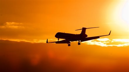 When's the Best Time to Book Airfares? A Major Search Engine Comes Out With Some Very Specific, And Helpful, Advice | Frommer's