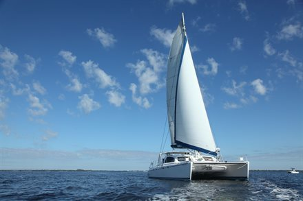 Vacation Savings That Will Float Your Boat: How to Find a Boat Rental Anywhere | Frommer's