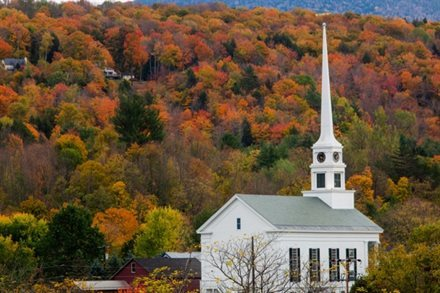 Meteorologists Predict Changing Weather Will Make This Year's Fall Foliage Different | Frommer's
