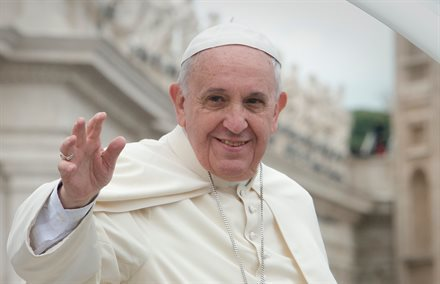 Luxury Travel Service Offers Chance to Meet Pope Francis—for $25,000 | Frommer's