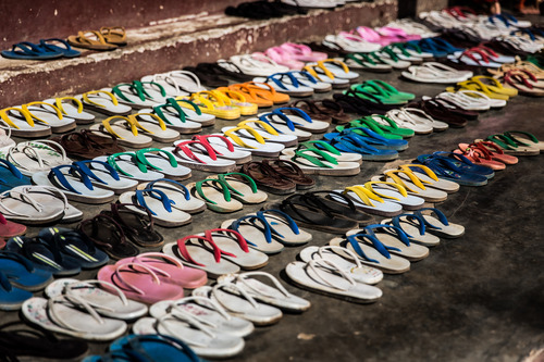 Tourist Jailed for Wearing Sandals in Asian Temple | Frommer's