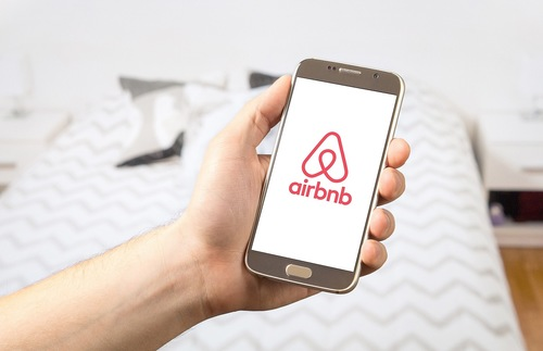 Airbnb Now Has More Rooms Than the Top 5 Hotel Companies COMBINED | Frommer's