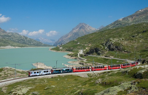 10 Great Scenic Railway Journeys to Take Before You Die