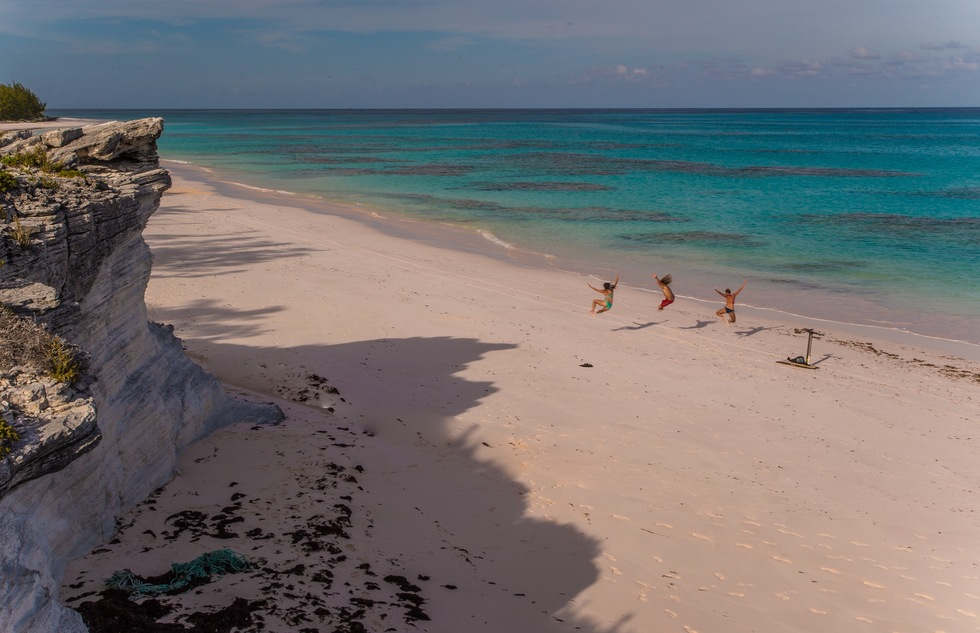 Pink sand beach on Eleuthera in the Bahamas