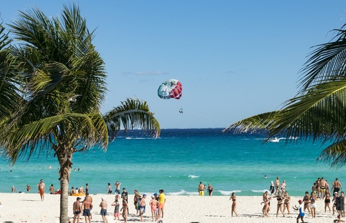 U.S. Expands Mexico Travel Warning to Include Cancun and Los Cabos | Frommer's