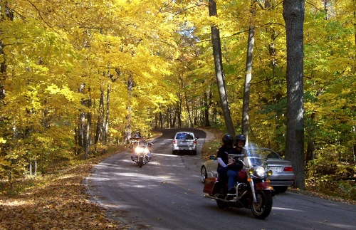 Up-to-the-Minute Online Tool to Help You Find Wisconsin's Best Fall Foliage | Frommer's