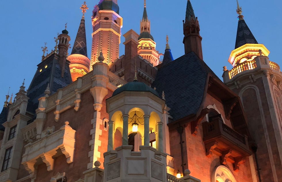 The First Disney Park to Reopen Returns May 11 with Special Rules | Frommer's