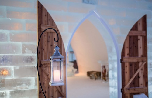 What to Expect When You Stay Overnight at the Quebec Ice Hotel | Frommer's