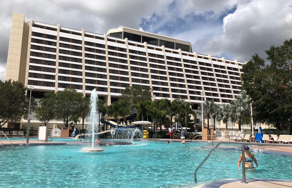 Hidden Fee Warning: Disney World Now Charges for Hotel Parking | Frommer's