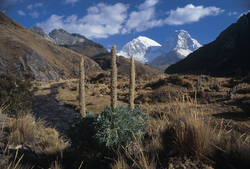 Best of outdoor Peru: Climbing at Extreme Altitude