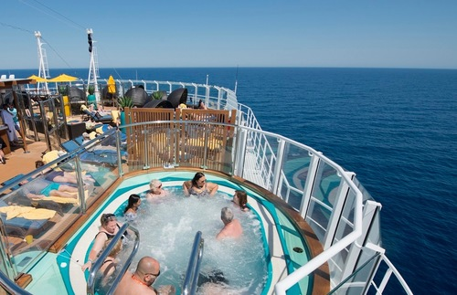 The adults-only Serenity area on Carnival Horizon