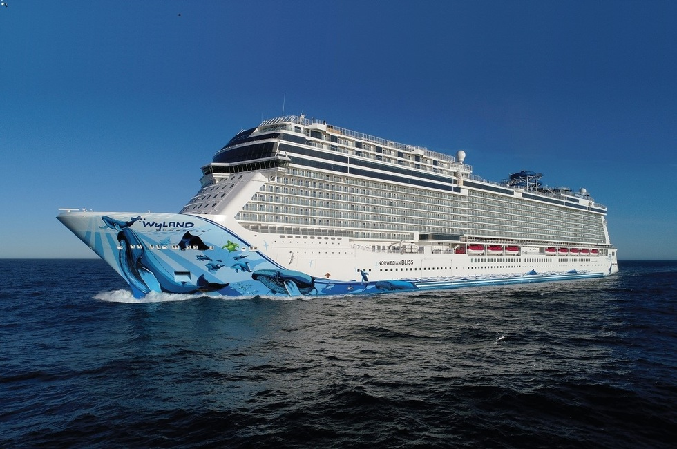What is the Norwegian Bliss cruise ship like?