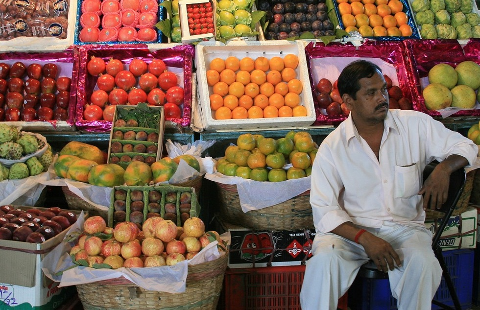 Fruit stand in Mumbai