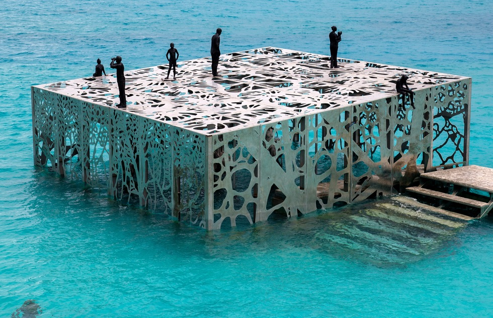 Partially Underwater Artwork Welcomes Snorkelers in the Maldives | Frommer's