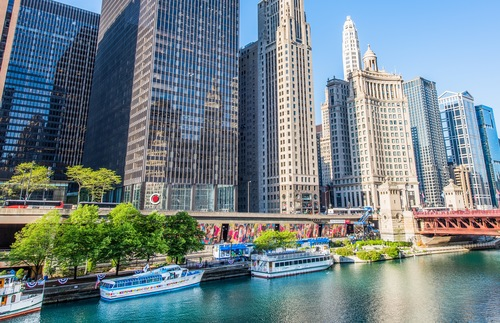 Huge Artwork and New Architecture Center Added to Chicago Riverwalk | Frommer's
