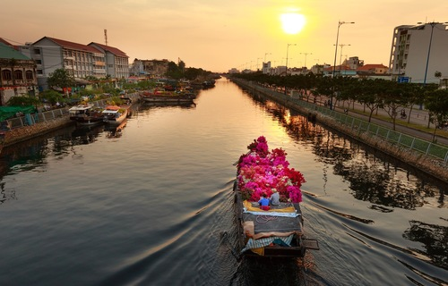 $999 for a Week in Vietnam, Including Air! Outstanding, Writes Arthur Frommer | Frommer's