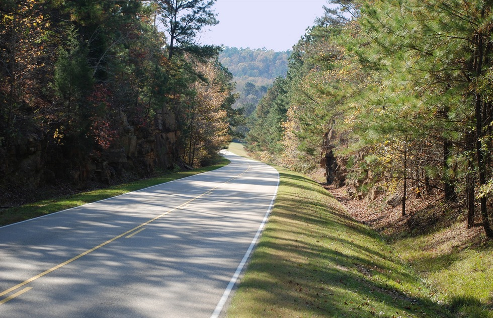 Road trip on the best section of the Natchez Trace Parkway